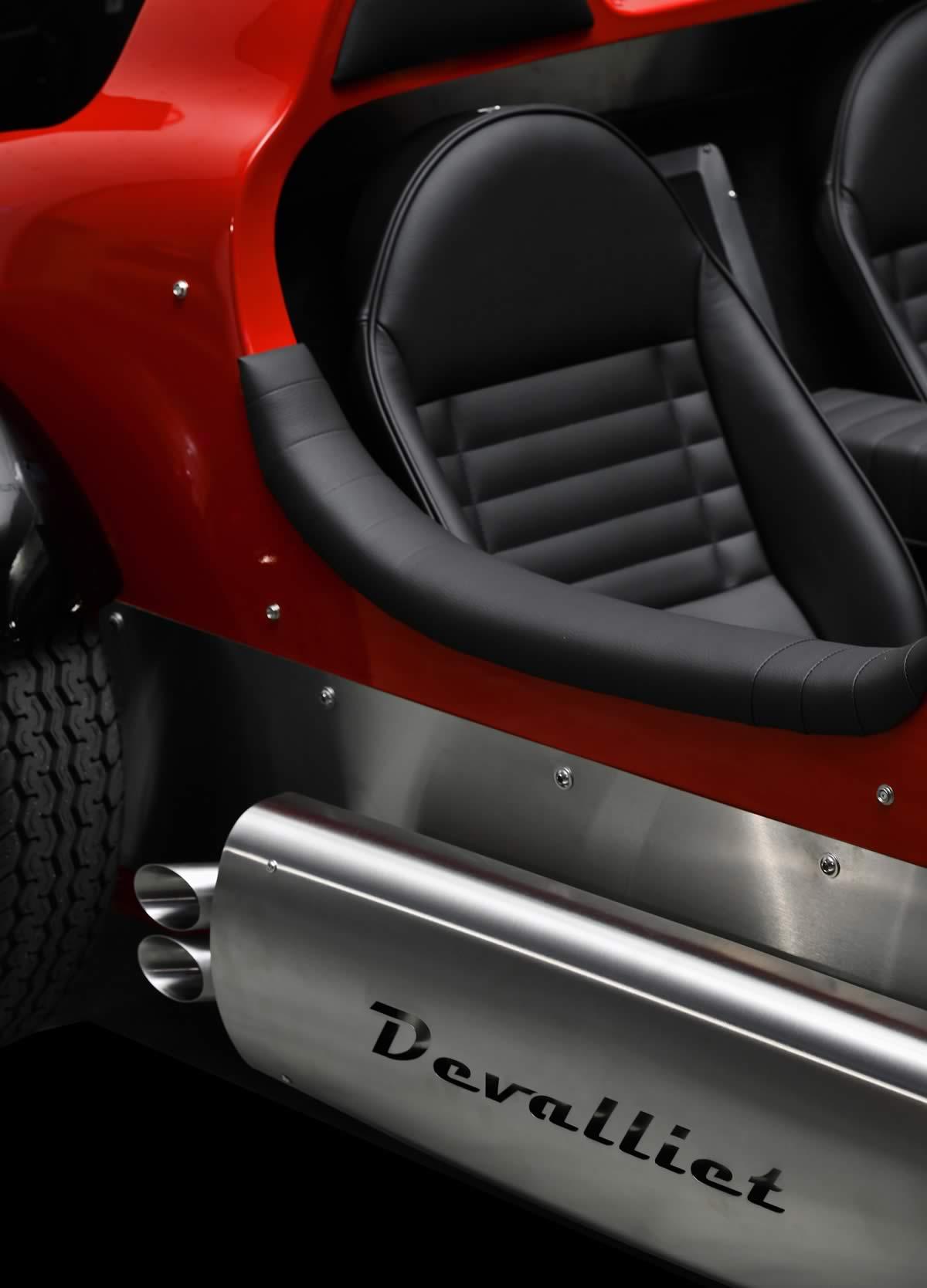 Devalliet - Concepteur et fabricant automobile d'exception en Isère- voiture authentique